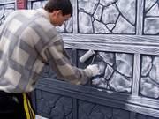 Нужно ли красить бетонные заборы?